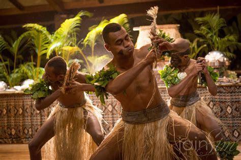 Bula from Fiji   Iain and Jo