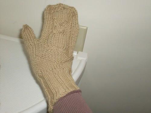 Handknit owl mittens
