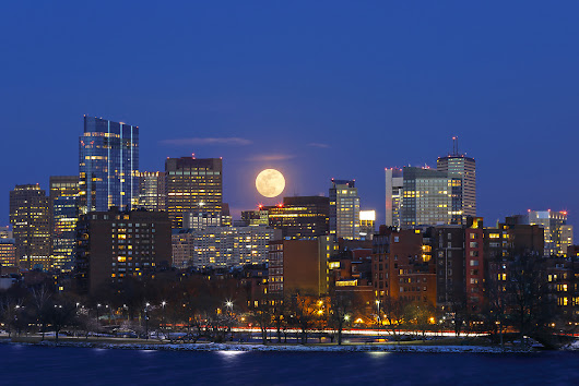Boston-Full-Moon-Night-Photography-Juergen-Roth-1.tif