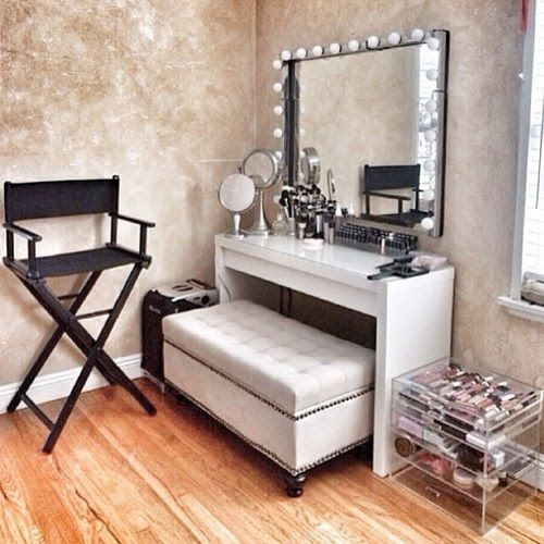 Vanity room- love the ottoman as a seat and the directors chair!