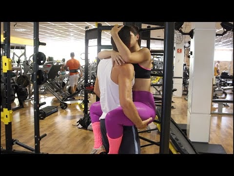 Kissing Prank - GYM EDITION