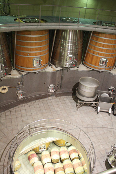 Anthonij Rupert vat room from above
