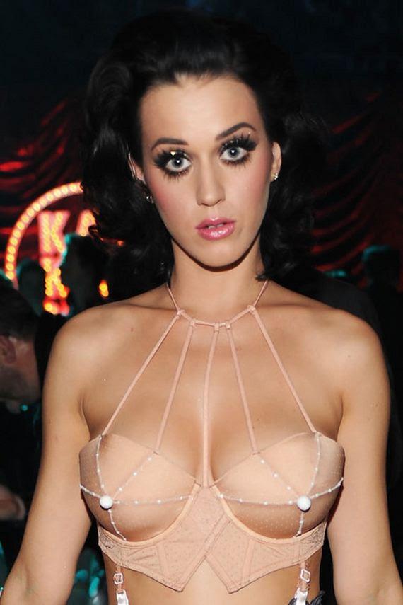 Terlalu Transparan, Katy Perry Malu Setengah bugil !