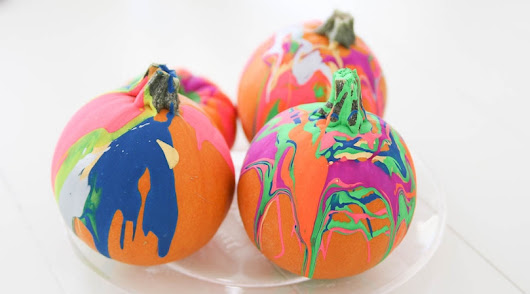 How to Drip Paint Pumpkins- Easy Pumpkin Decorating Idea