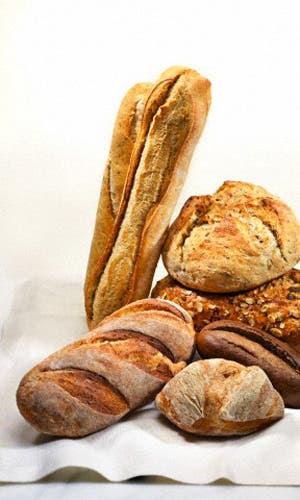Que el pan está viviendo su mejor momento no es ninguna novedad por algo cada día abren más panaderías y una multitud de talleres para enseñar a prepararlos. Aquí, cuáles son sus tipos y beneficios.
