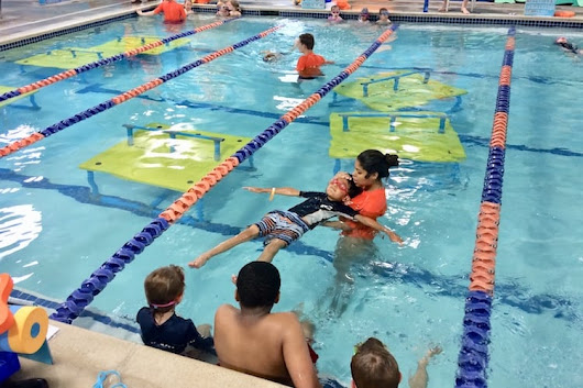 First Swim Lesson at Goldfish Swim School - Indy's Child