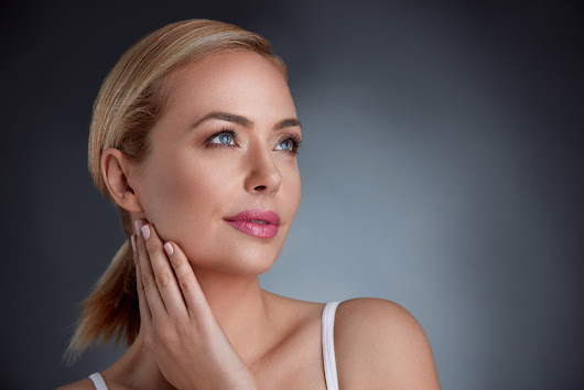What is a nonsurgical facelift? | American Society of Plastic Surgeons