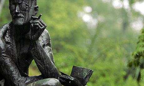 Statue of James Joyce at Fluntern cemetery, Zurich