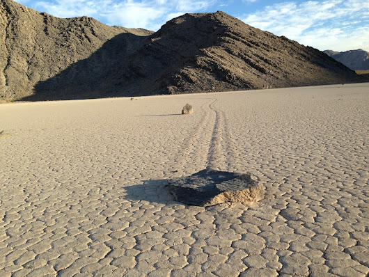 Mystery of how rocks move across Death Valley lake bed solved