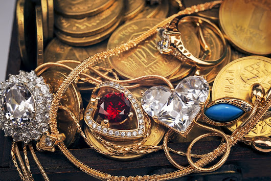 Properly Store Estate and Modern Jewelry Finds - EstateSalesGuide.com