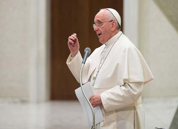 Papa Francisco condena também a pena de morte / OSSERVATORE ROMANO / AFP