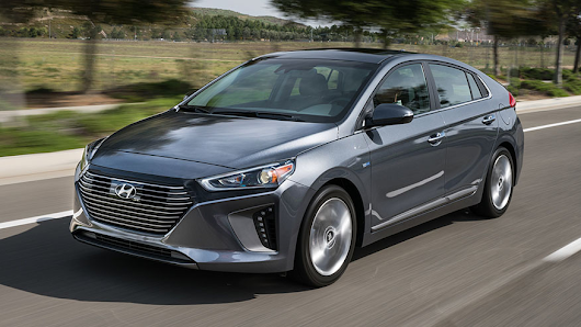 2017 Hyundai Ioniq test drive: The most fuel-efficient car ever