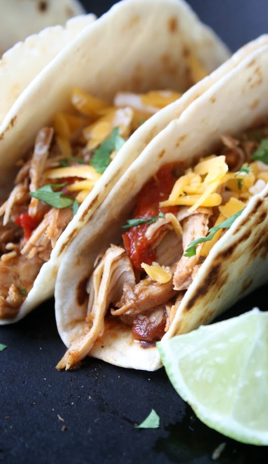 Slow Cooker Chicken Tacos - Daily Appetite