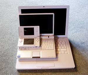 Apple MacBook, EeePC, Nintendo DS Lite