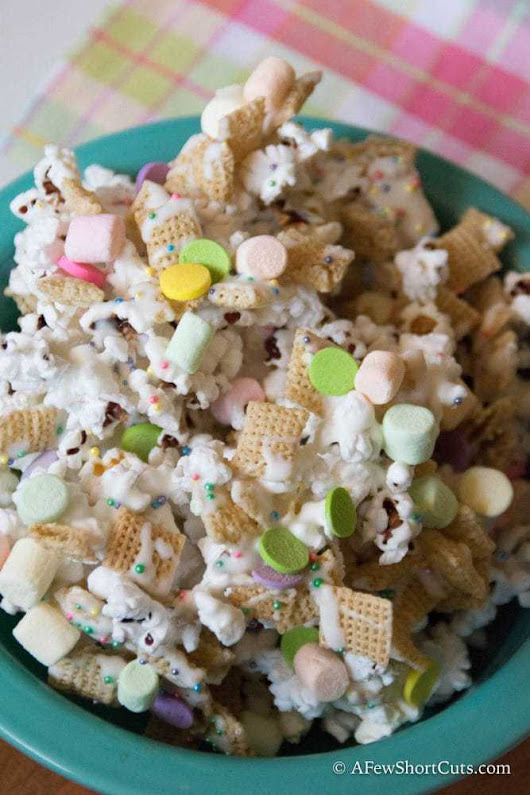 White Chocolate Spring Snack Mix - A Few Shortcuts