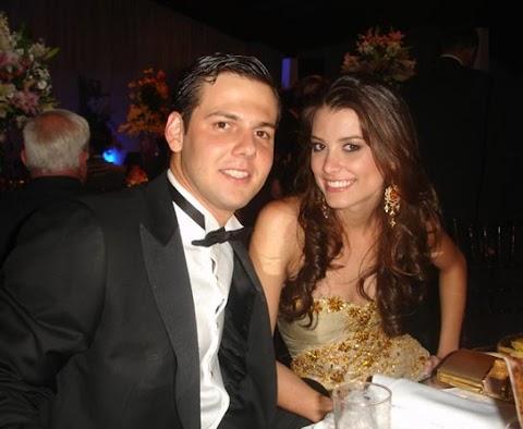 Primeras fotografías de Miss Universo 2009, con su novio