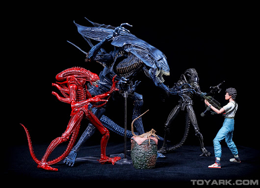 Toyark First Look - Aliens Series 5 by NECA - The Toyark - News
