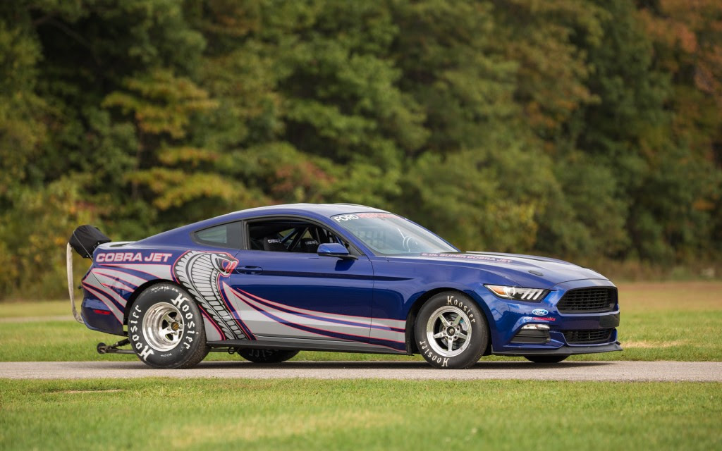 image appeared in the following articles: 2016 Ford Mustang Cobra