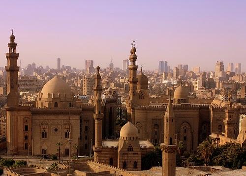 Breaking News - Cairo,Egitto : Forte esplosione colpisce Consolato Italiano