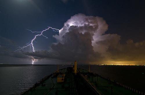 Night Thunderstorm by OneEighteen.