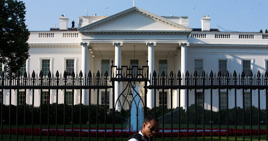 Secret Service Dreams of a New (14-Foot) White House Picket Fence - The New York Times
