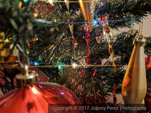 Day 23 in my #31dayphotochallenge | Christmas Ornaments | New Haven Photographer & Videographer | Johnny Perez Photo & Video