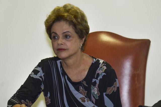 Em jantar, Dilma faz apelo para que senadores barrem pautas-bomba na Câmara Fábio Rodrigues Pozzebom/Agência Brasil