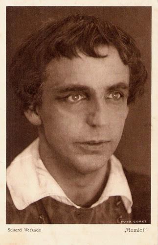 Eduard Verkade as Hamlet
