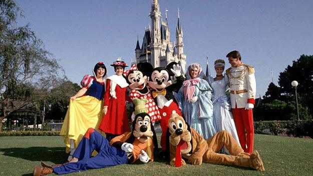 Disney characters at Disney World