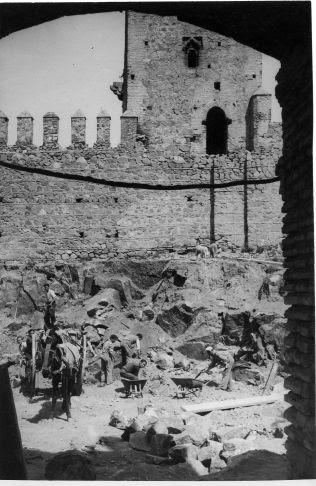 Restauración del Castillo Servando © Fondo Rodríguez. Archivo Histórico Provincial. JCCM. Signatura CMD2-097-2