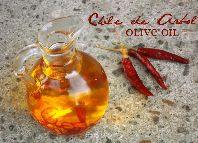 Chile de Arbol Olive Oil