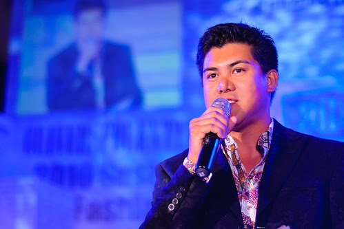 Oliver Tolentino inspires Payatas mothers at MaKULAY launch