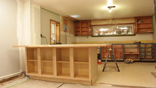 DIY Kitchen Island | Knock It Off! | The Live Well Network