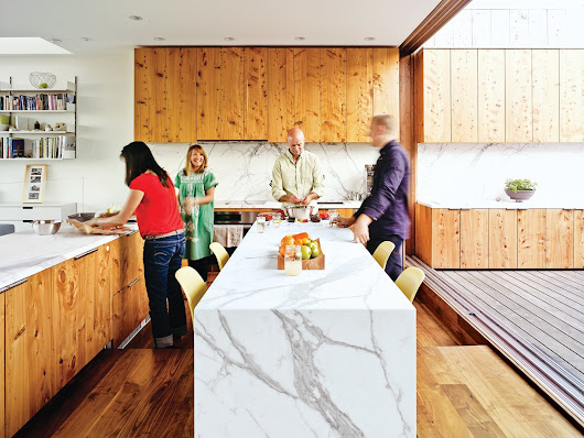 10 Modern Examples That Show How to Use Marble in the Kitchen