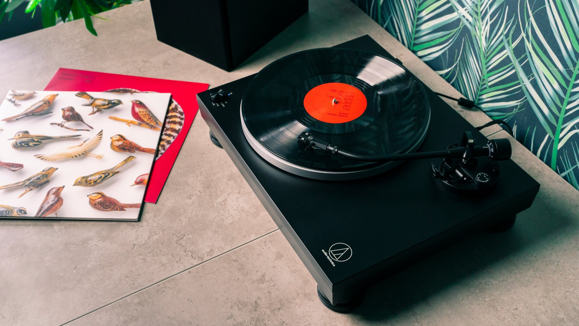 Latest Audio-Technica turntable makes playing vinyl records easy