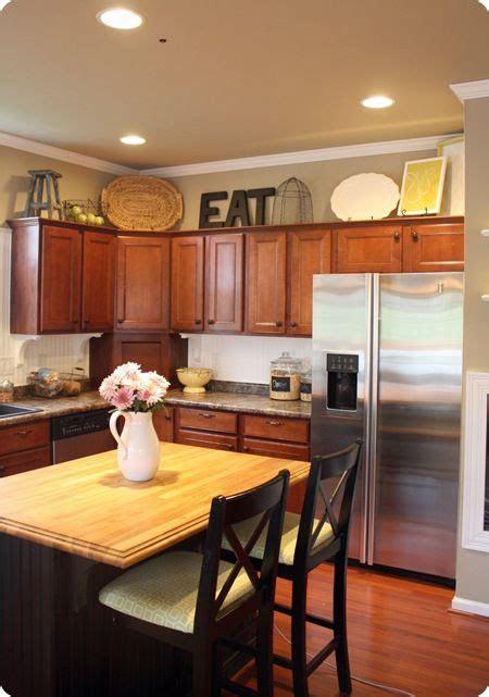 decorate  kitchen cabinets kitchen cabinets