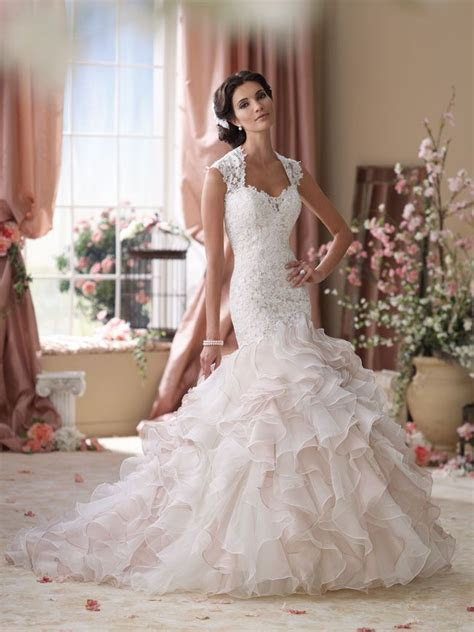 5 wedding dresses that will make you look slimmer in seconds