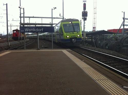 S-Bahn kommt