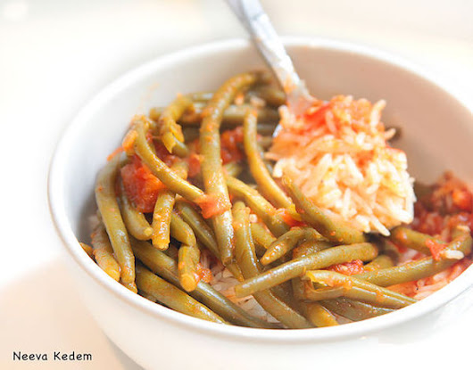 Protein Rich Meal Idea For A Cancer Diet: Green Beans With Tomato Sauce