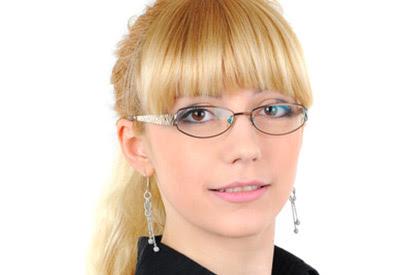 Welche Brille Passt Zu Meinen Haaren Finden Sie Es Heraus