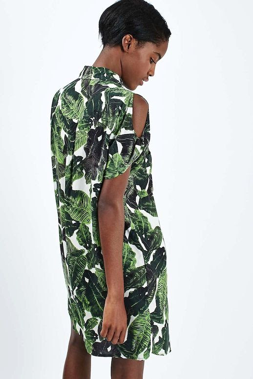 Le Fashion Blog Must Have Under 100 Casual Chic Summer Inspiration Cold Shoulder Palm Print Shirtdress Via Topshop