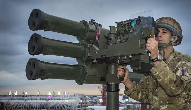Thales UK confirmó hoy que ha firmado un contrato con el Ministerio de Defensa (MOD) para otros 200 Starstreak misiles tierra-aire de corto alcance, un componente clave de la Zona de Defensa del Reino Unido, la capacidad del aire (GBAD) basado en funciones. El contrato de varios millones de libras fue anunciado por el Primer Ministro, el Honorable Rt. David Cameron MP, en un discurso ante la Conferencia de Inversión en Irlanda del Norte en Belfast.