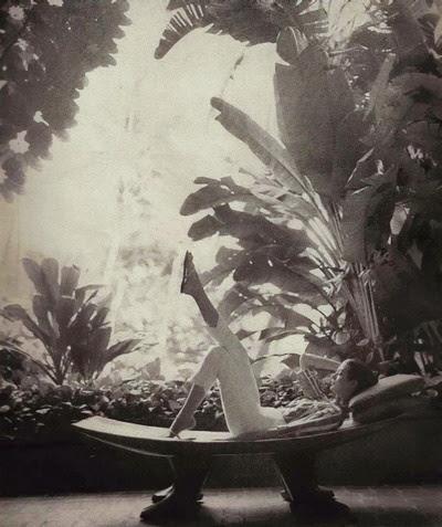 Carmen Dell'Orefice 1959     Photo by Gleb Derujinsky