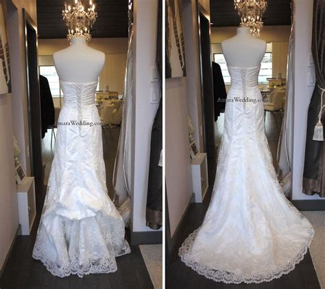 French bustle on lace wedding dress   Wedding Gown