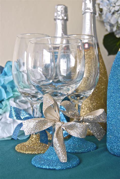 Glitter Bridal Shower Favors    Decorate wine glasses