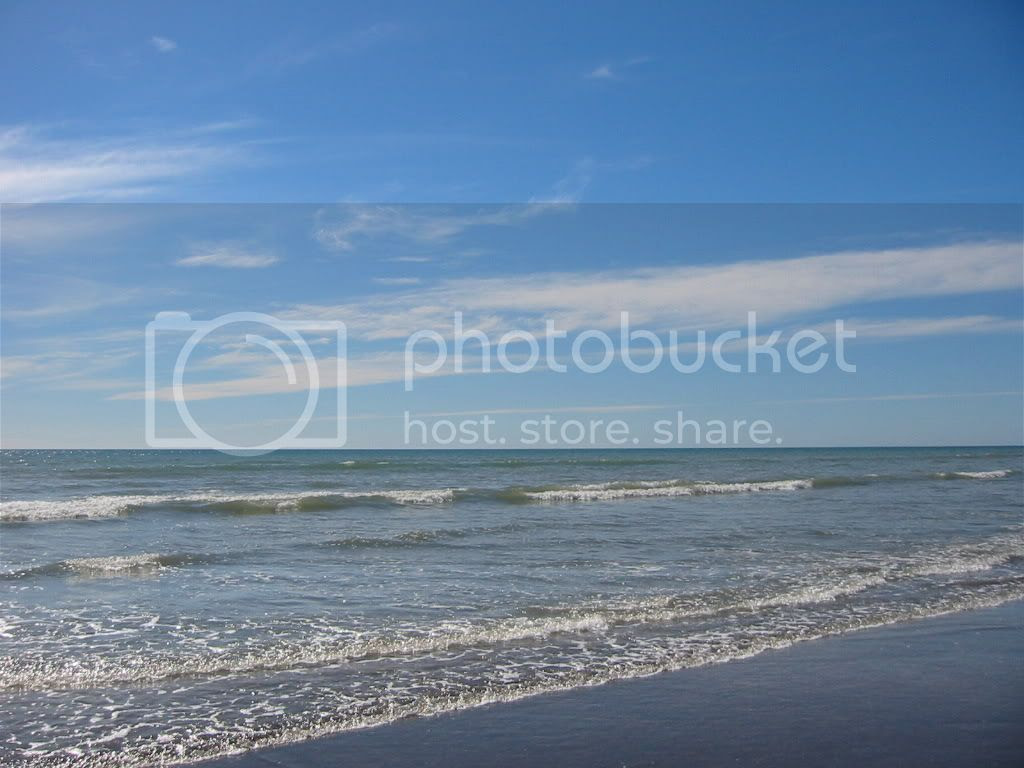 Sun, sea & sand 4