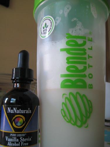 Blender Bottle and NuNaturals Vanilla Stevia