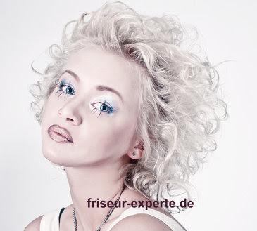 Blonde Naturlocken Im Marilyn Monroe Style Friseur Experte