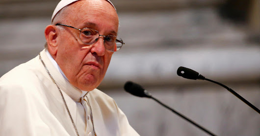 "Pope Francis says Trump administration border family separations policy ""immoral,"" contrary to ""Catholic values"" - CBS News"