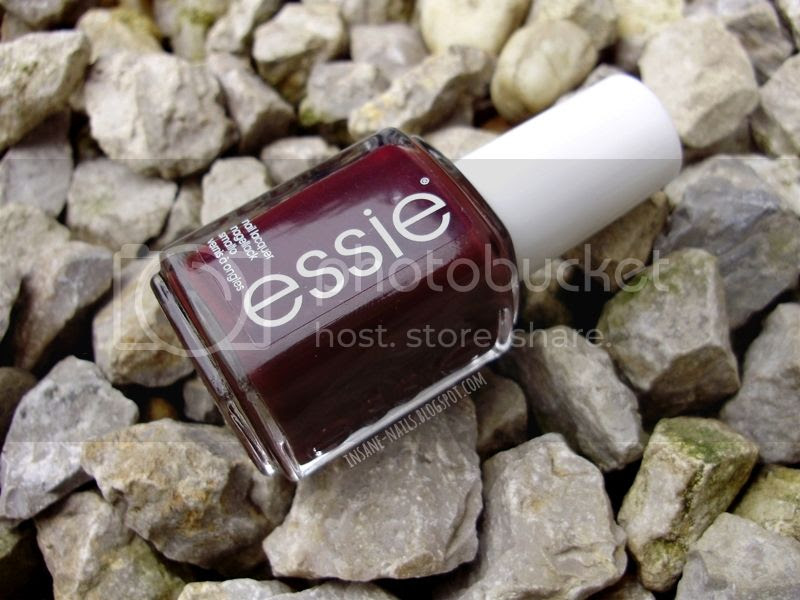 photo Essie_Chocolate_Cakes_1_zpsce263e17.jpg